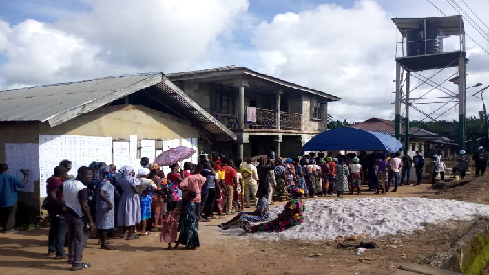 Voters wait in line at Ward 02