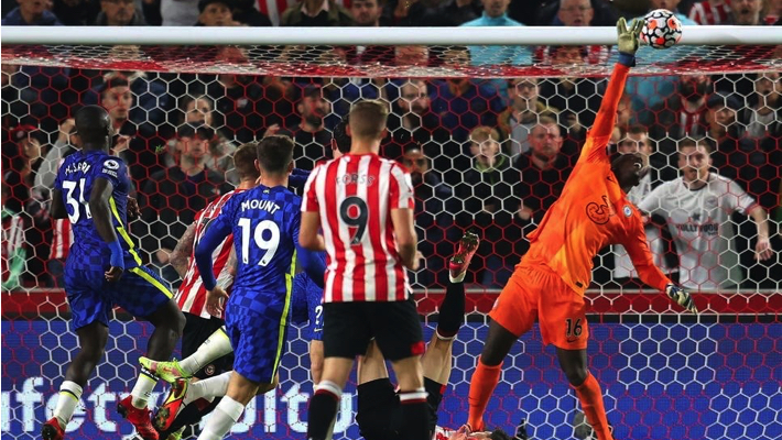 Chelsea survive Brentford scare to stay atop EPL thumbnail