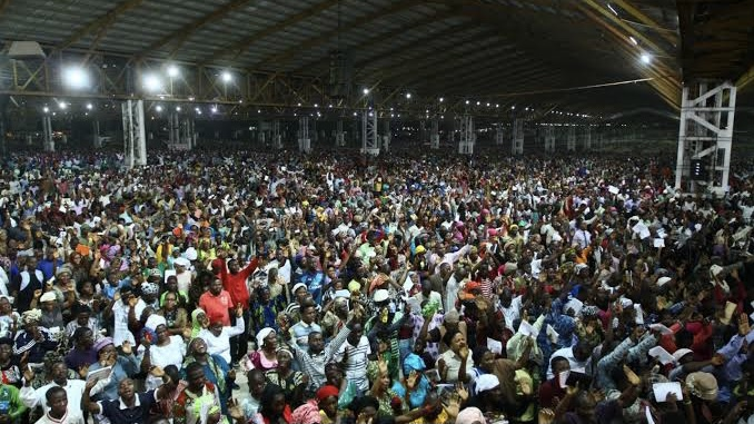 Does large congregation make for successful ministry?