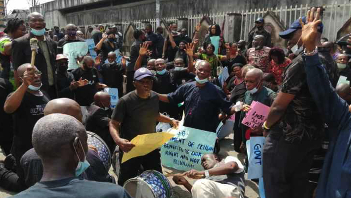 Protesting Rivers pensioners